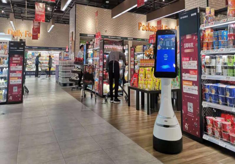 京灵机器人在超市